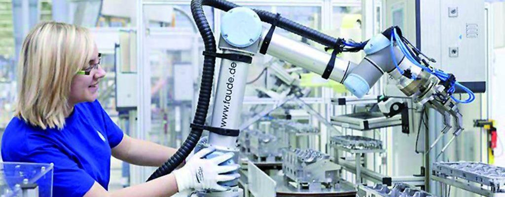 Aplikacja z robotami współpracującymi  Universal Robots